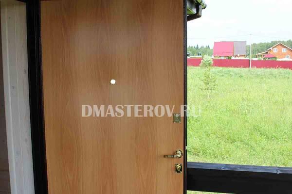 Установка утепленной металлической двери.