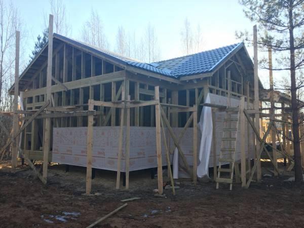 Обработка строительных материалов огнебиозащитой.