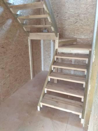 Двух маршевая технологическая лестница