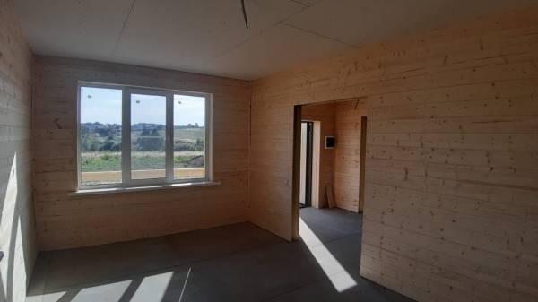 В доме установлены окна ПВХ профиль Rehau Blitz New