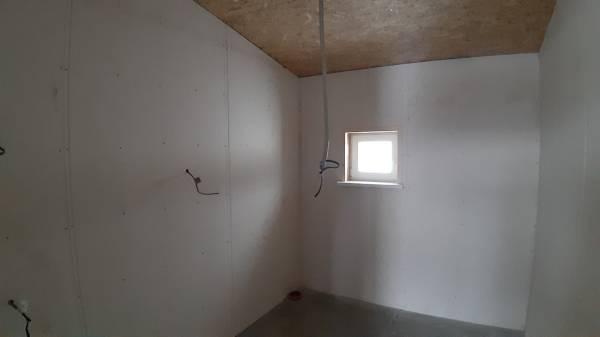 Отделка стен санузла в каркасном доме
