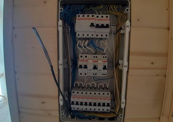 скрытый монтаж электропроводки
